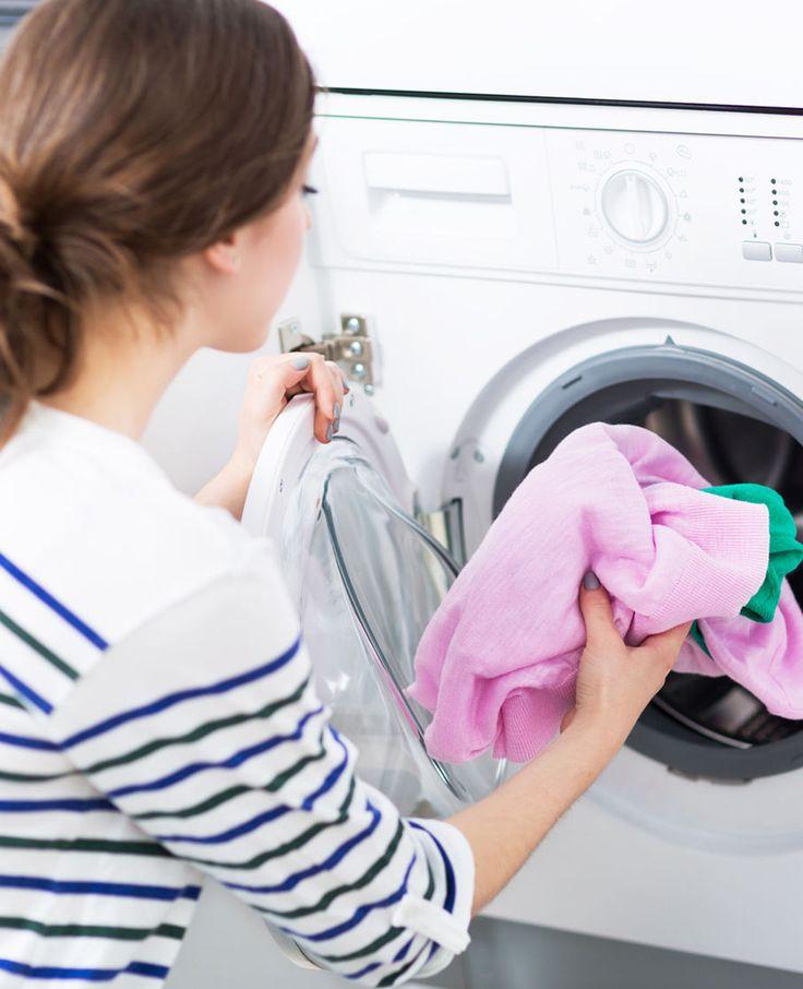 Grijze drab in het deurrubber van je wasmachine? Muffe was? Ga vetluis te lijf en krijg weer een heerlijke frisse was met deze schoonmaaktips van Flair!
