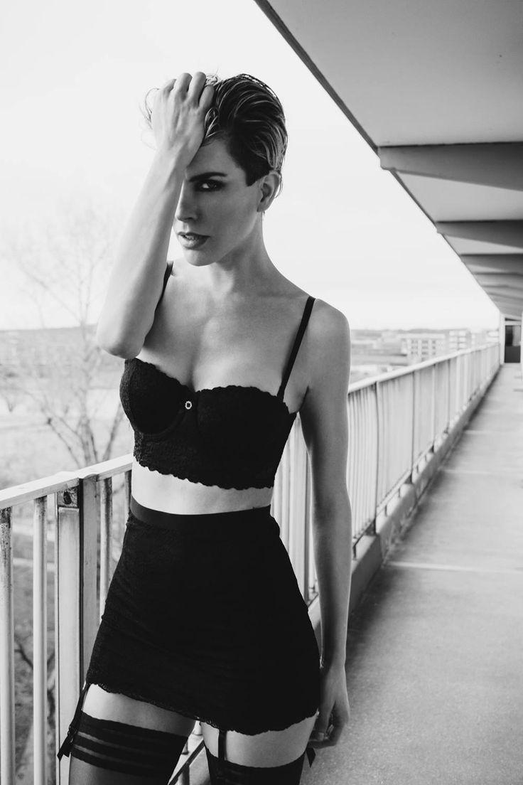 Fotograaf:Marcel Zuurmond Model:Ceylin de Jong Styling:Sylvia Harding