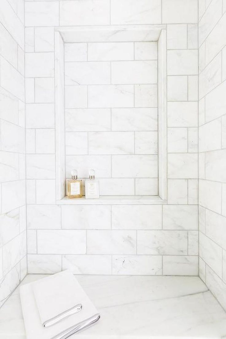 24 Shower Thos White Marble
