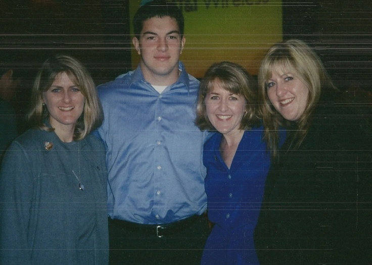 Having lunch with Rex Grossman....I WANT TO HAVE LUNCH WITH REX GROSSMAN!!!!!!