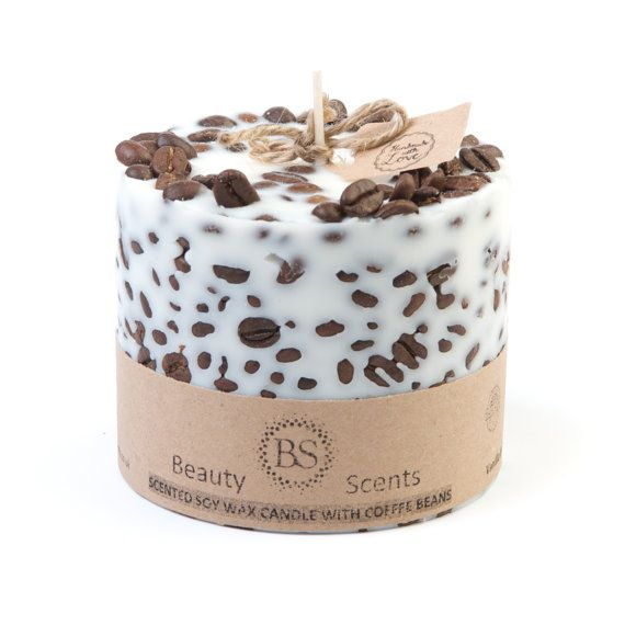 Handmade candle was made of 100% natural Eco soy wax, Fragrance Essential Oil and Cinnamon Sticks. The soy wax is strongly scented and decorated,
