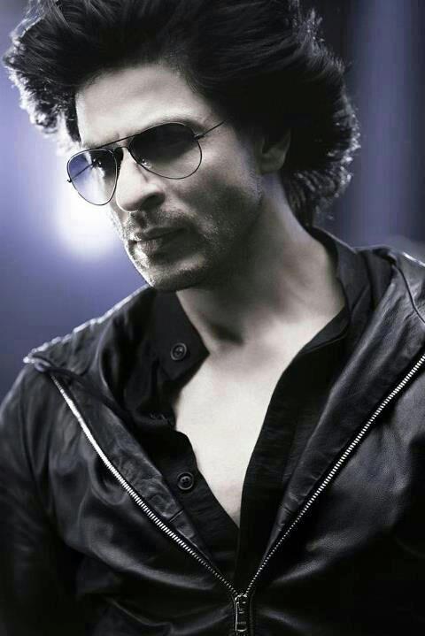 Shahrukh Khan.. lord above have mercy.. sooo hot!!!!!!!