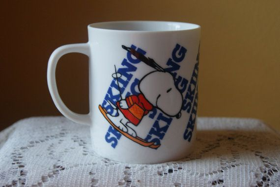 Such a cute and fun mug! Perfect for a gift or just to enjoy yourself with your Saturday morning coffee. After all, who doesnt love Snoopy? This adorable Snoopy mug is plastered on all sides with the word Skiing and Snoopy is depicted in a variety of athletic poses. This mug is in excellent vintage condition with no chips, cracks. Dimensions are 3.5 inches tall x 3.25 inches wide.