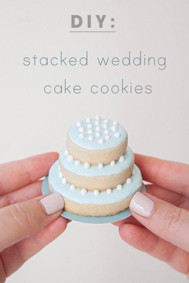 DIY Edible Wedding Favors | Stacked Wedding Cake Cookies by DIY Ready at http://diyready.com/24-diy-wedding-favor-ideas/