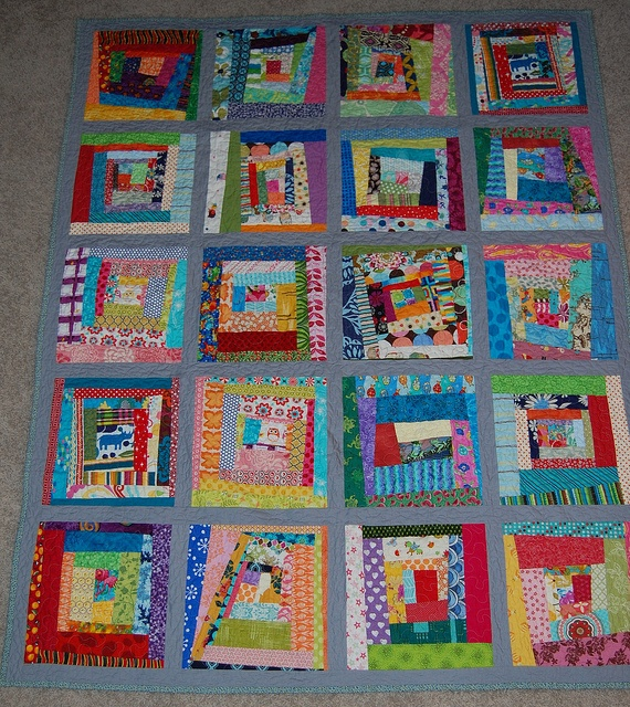 87 best images about ART: Quilts Wonky Log Cabin on Pinterest Quilt, Log cabin quilts and Squares