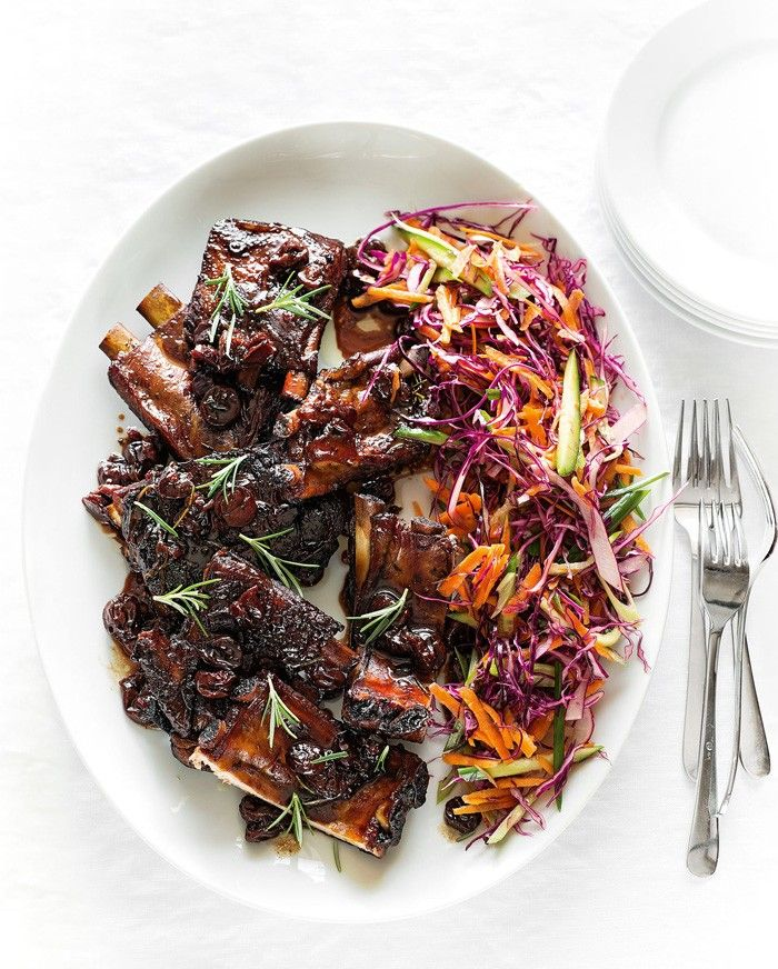 Roasted Spare Ribs with Rosemary, Spicy Cherry Sauce and Slaw   MiNDFOOD