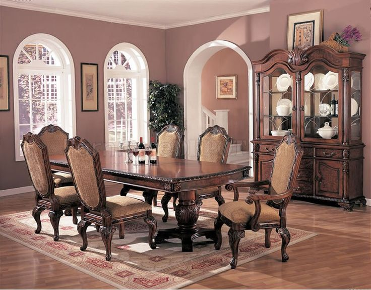 Antique Style Brown Elegant Dining Room Extendible Table Appx 4009 w chrs and hurch