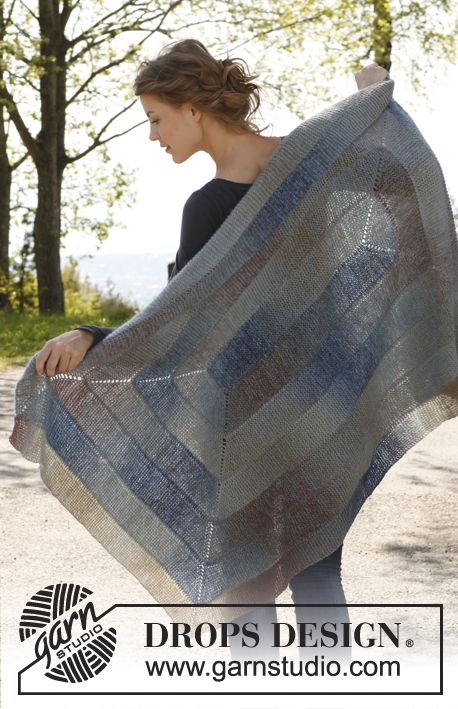 """Knitted DROPS blanket worked in a spiral in """"Delight"""" and """"Kid-Silk"""". ~ DROPS Design free knitting pattern tba"""