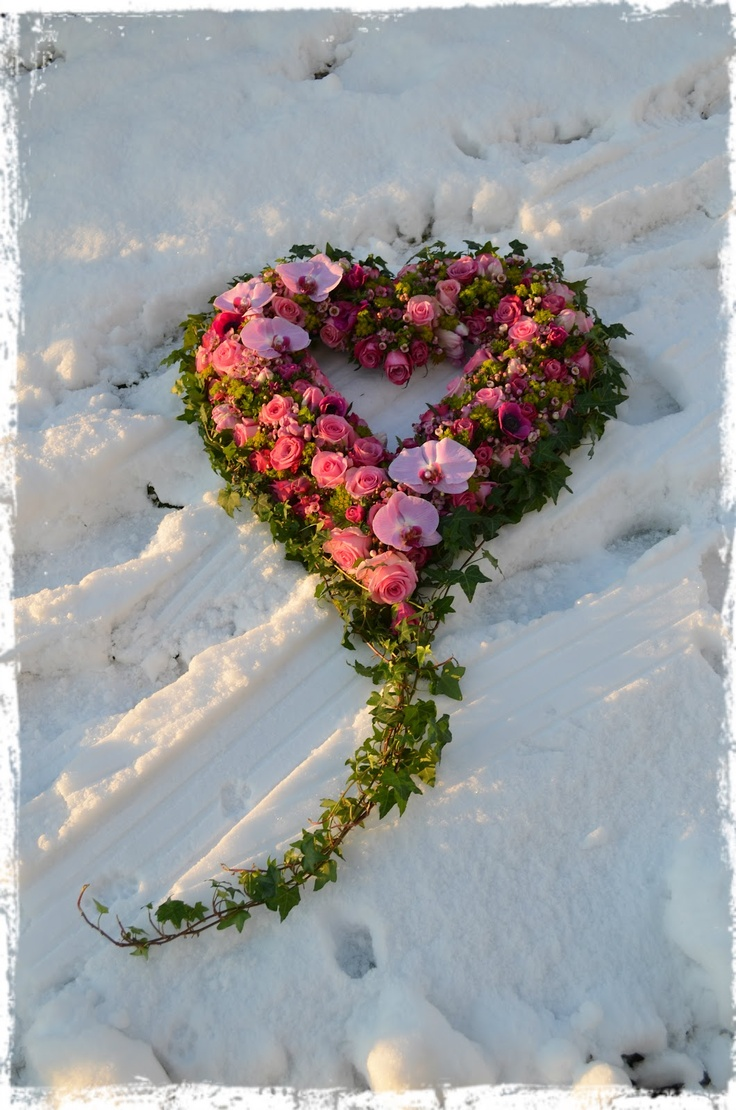 Funeral heart.  Heritage Funeral Homes, Crematory and Memorial Parks, Arizona #funeralflowers
