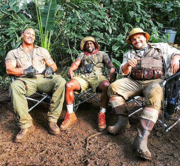 Dwayne Johnson dévoile encore les coulisses de Jumanji 2 http://xfru.it/wcHQlw