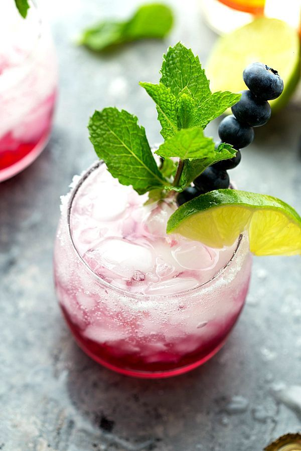 Frosted Lime-Berry Spritzer (Flavored Water)