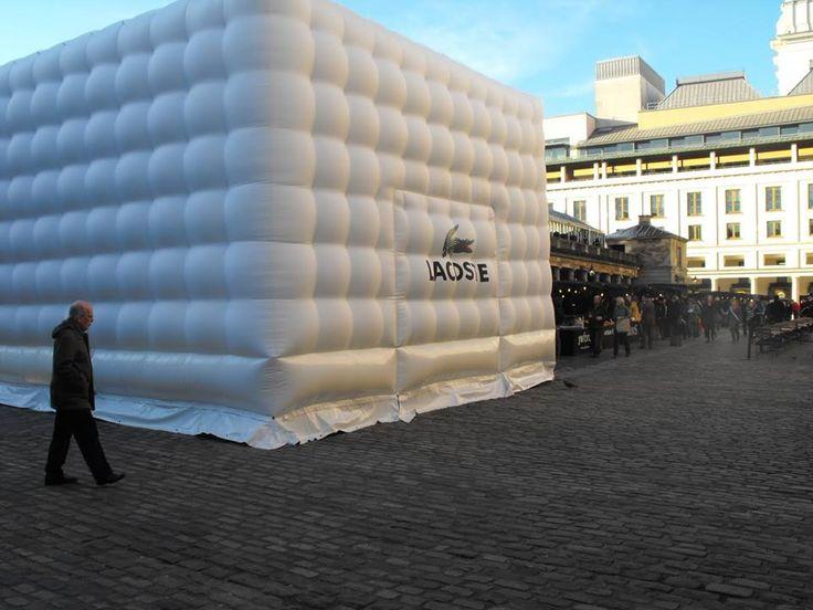 La maison gonflable #PopUp de #Lacoste !