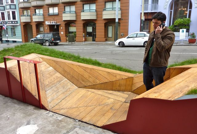 awesome parklet (mini-park in a parking space) on post street in san francisco! photo by anna peccianti // The Accessible City