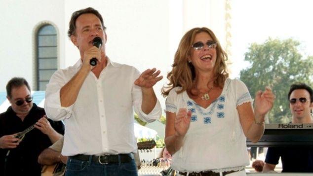 «Είναι ωραίο να είσαι Έλληνας»: Τι είπε ο Τομ Χανκς σε άπταιστα ελληνικά όταν πήρε το μικρόφωνο Crazynews.gr