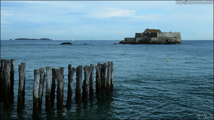 bastion Fort La Reine,Saint Malo photo by Bang, Chulrin/Architect Group CAAN