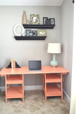 coral and pale blue: Dreams Offices, Desks Area, Decor Ideas, California Coral, Desks Colors, Coral Desks, Colors Combinations, Apartment Ideas, Desks Ideas
