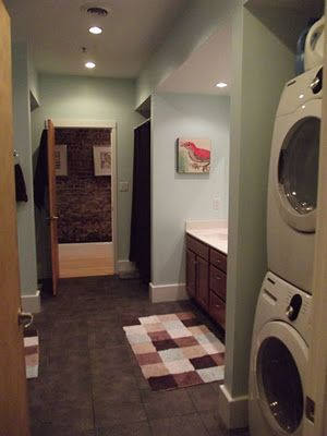laundry bathroom combo love the rugs and the color of the walls for the home pinterest. Black Bedroom Furniture Sets. Home Design Ideas