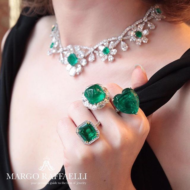 Margo Raffaelli shows off some magnificent emerald rings on a visit to the Moussaieff flagship store on Bond Street: Colombian Emerald Cabochon- 19.88 cts; Colombian Emerald Minor - 33.31 cts; Colombian Emerald NTE - 6.88 cts Emerald Necklace - Emeralds NTE - 12.53 cts and diamonds - 73.53 cts. #moussaieffjewellers #emeraldrings #emeralds #highjewellery #hernameismargo