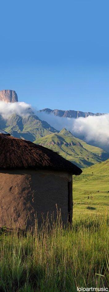 Drakensberg Zulu hut, South Africa