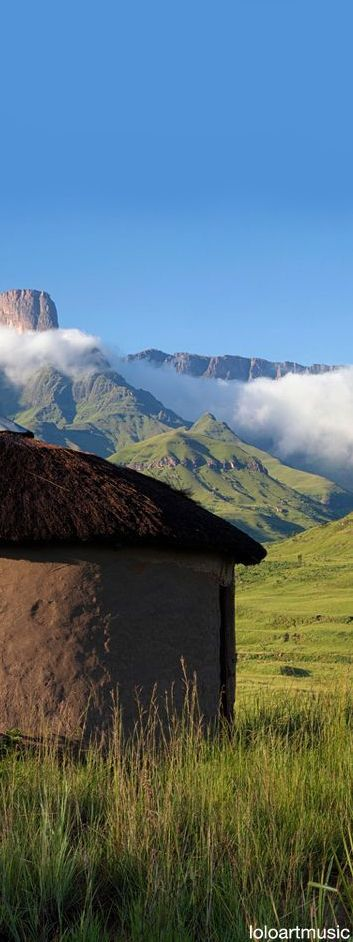 Drakensberg Zulu hut, South Africa