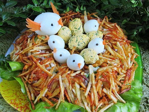 Рецепт салата «Гнездо глухаря» слоями