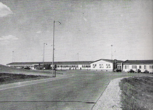 The terminal of Helsinki-Vantaa airport in 1952. The airport was built in that year for the summer olympics and is misleadingly named, since it's located in Vantaa and Tuusula, not Vantaa and Helsinki.