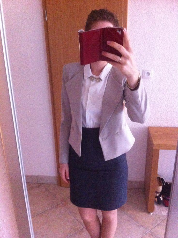 OOTD teacher's duty ;) structured beige jacket, woolen pencil skirt, white linnen shirt. #Enjoy Yourself