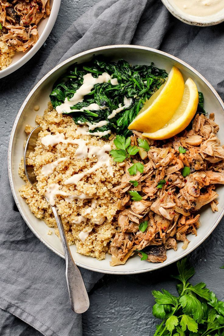 Easy Jackfruit Chicken Quinoa Bowls