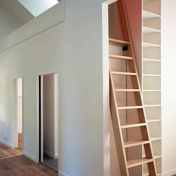 Steile trap vide tussenverdieping zolderverdieping use your space pinterest zolder - Trap toegang tot zolder ...