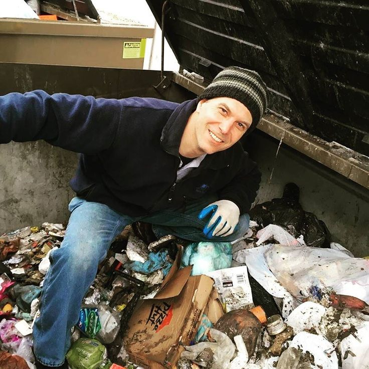 And now Sunshine Junk Removal's second installment of MAN IN DUMPSTER! We don't just pretend to love our work that smile is all heart.  Happy Birthday Erik and thanks for removing the entire contents of two garbage bins by hand on your special day! . . . . . #junk #industrial #cleaning #clutter #garbage #yeg #yegdt #debris #trash #salvage #waste #rubbish #gettingridofit #recycle #garbageart #gotjunk #junkremoval #yeglocal #springcleaning #junkremovalservice #lovemywork #loveourjob #edmonton…