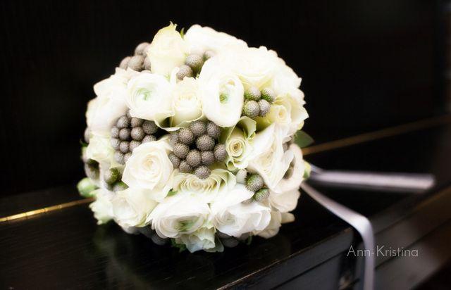 By Ann-Kristina Al-Zalimi, wedding, wedding inspirations, talvihäät, häät, hääkuvaus, hääkimppu, wedding bouquet