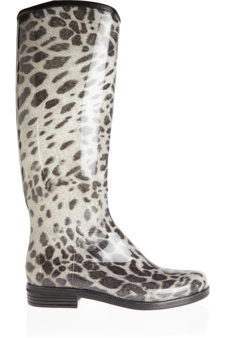 not really my style but @Elise Aerssen i'mma get these for you. your two fav things put together! animal print and rubber boots