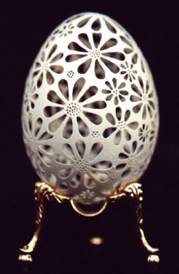 JY: Daisy - Hand-carved Goose Egg