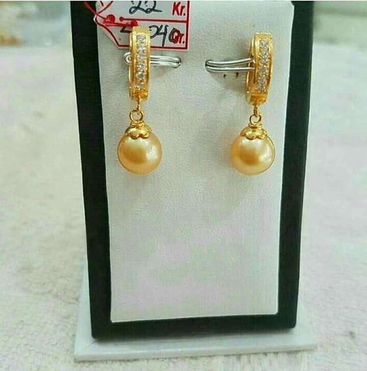 Giwang mutiara lombok Pesan Add Bbm : D6AB777F Sms/ tlp. : As 082337322501/ IM3 085785304765 Wa. : Tri 08990127841 NB: Bila anda ragu jangan membeli dulu. Cek dulu resi dan testnominalnya  #mutiara#mutiaralombok#mutiaralaut#mutiaratawar#fashion#perhiasan#rhodium#elegant#allstyle#wisata#senggigi#oleholehlombok#emas#kadoistimewa#wedding#giwang#antinganting#alam#natural#pearl#gold#silver#sekarbela#