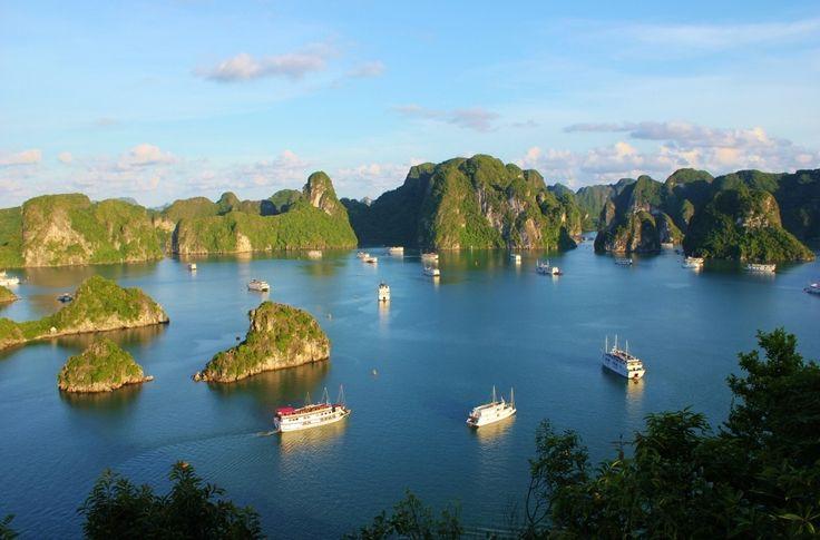 Halong Bay Cruise Wietnam JetSetting Fools