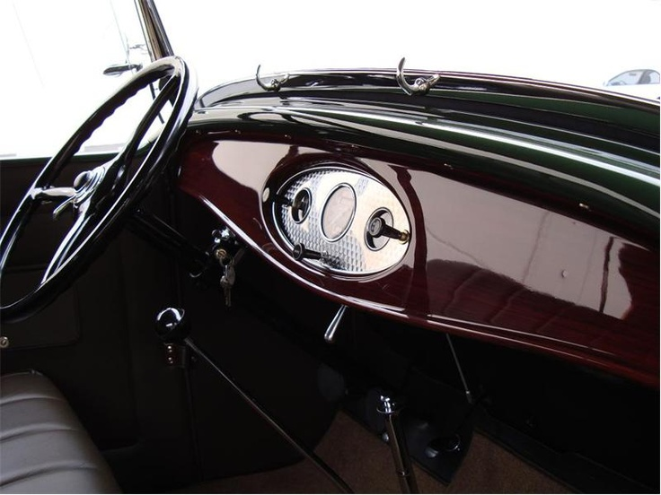 1932 Ford Model 18 V8 Phaeton