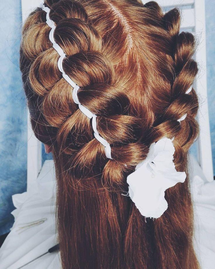 Dziś na blogu fryzury komunijne!  #365daysofbraids #day32 #hairchallenge #braidschallenge #wyzwanie #fryzury #komunijne #komunia #warkocze #braidideas #instabraids #instahair #hairoftheday #hairstylist #hairblog #hairblogger