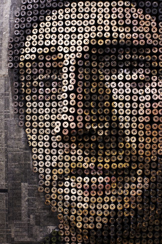This is amazing.  Truly!  3-D portraits out of screws made by Andrew Myers.