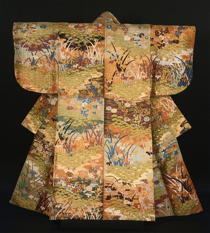 Noh robe (uwagi), made in Japan in the 2nd half of the 18th century - 1st half of the 19th century
