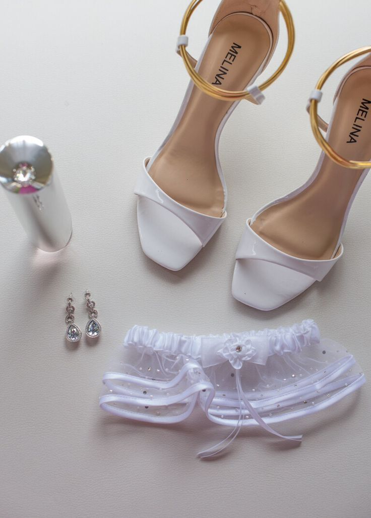 Shoes, perfume and accessories. By Evelyn Rampola Photography