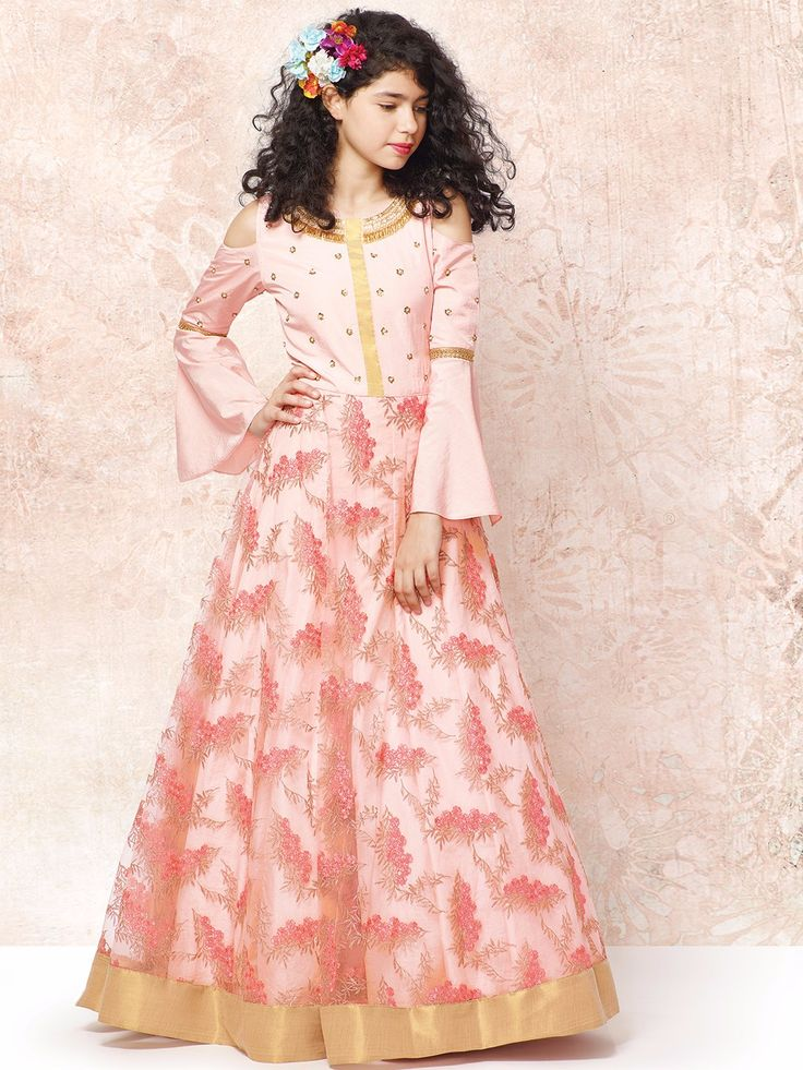 Shop Peach designer net party wear gown online from G3fashion India. Brand - G3, Product code - G3-GGO00094, Price - 4595, Color - Peach, Fabric - Net,