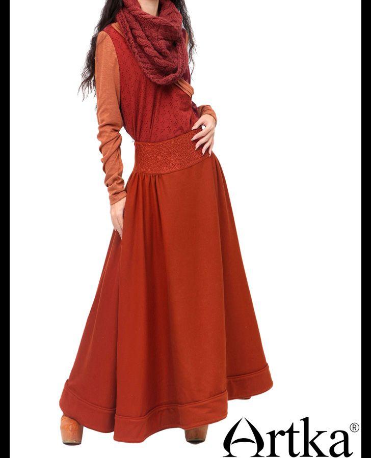 Длинная юбка красно-оранжевого цвета с ручной вышивкой, 19574480862 купить за 13410 руб. с доставкой по России, Украине, Беларуси и миру | Artka: интернет-магазин обуви и одежды Artka