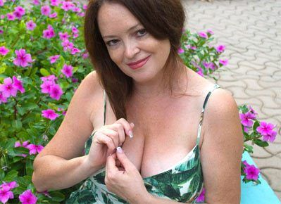 from Caleb je contacte dating