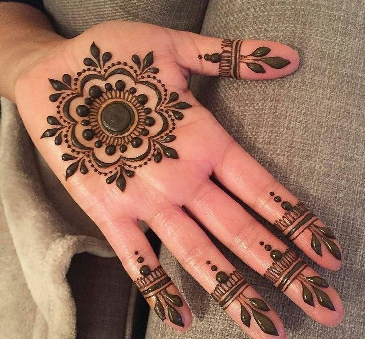 37 best mehendi designs images on pinterest henna flower designs hena designs and henna art. Black Bedroom Furniture Sets. Home Design Ideas