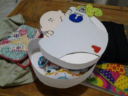 Caja para regalo de un bebe.