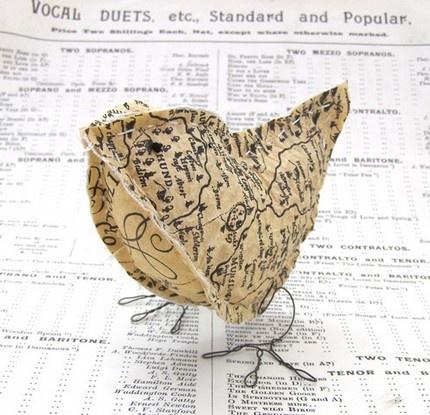 Fabric bird: Crafts Ideas, Crafts Debaucheri, Paper Birds, Paper Crafts, Maps Birds, Maps Paper, Cotton Birds, Birds Happy, Birds Design