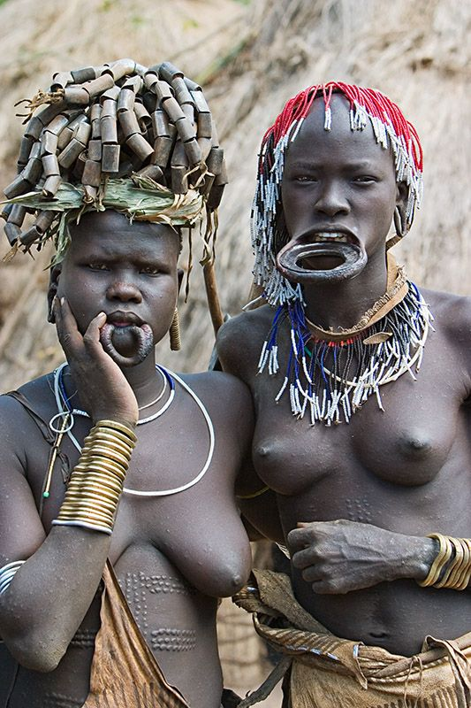 59 - Women from the Mursi tribe