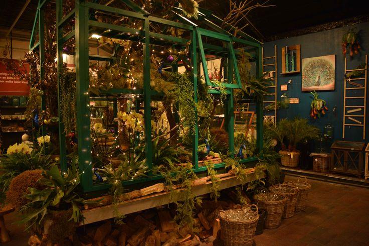 Intratuin Fair 2014 Intratuin 's-Gravenzande, winkelen in kerstsfeer tijdens een avond met een feestelijk tintje