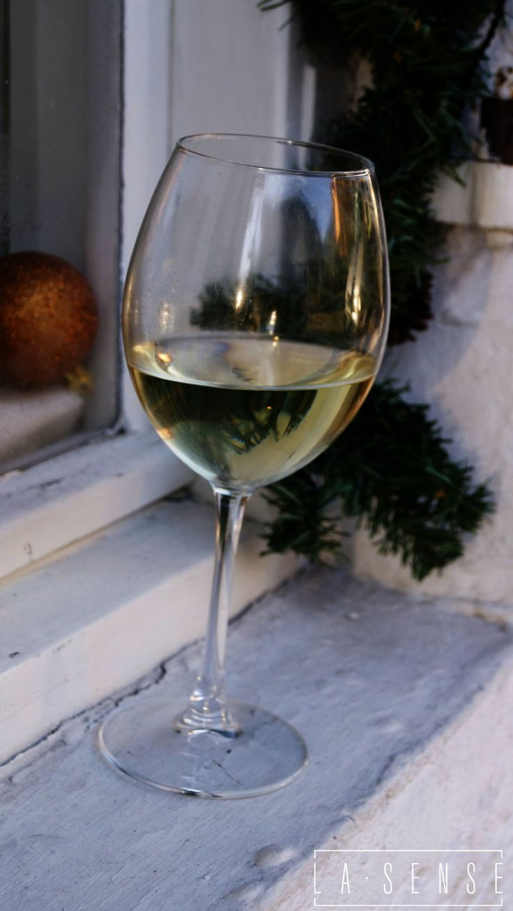 garmisch partenkirchen#wine#white#december#christmas time#