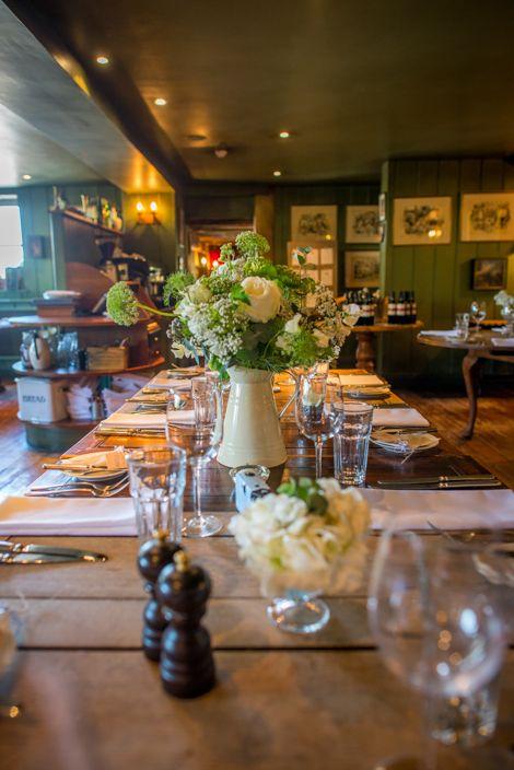 a beautifully quaint English country pub wedding in Hampshire | uk wedding blog